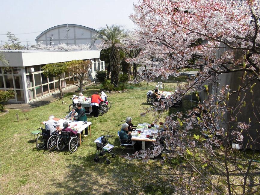 社会福祉法人兵庫県社会福祉事業団 特別養護老人ホーム 万寿の家